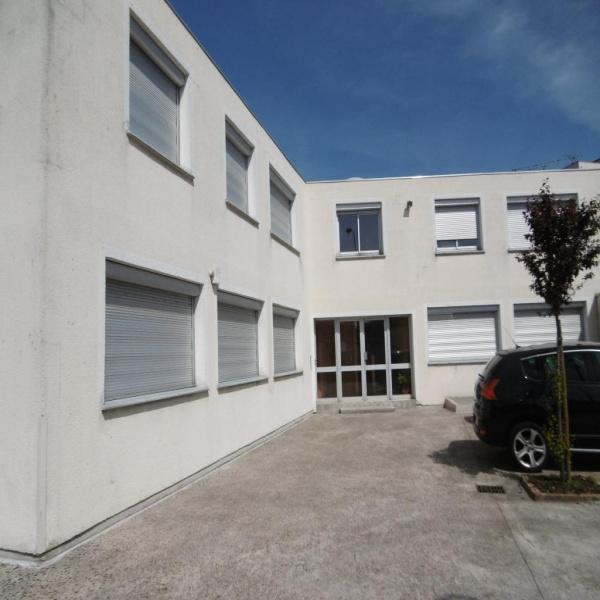 Location Immobilier Professionnel Local commercial La varenne st hilaire 94210